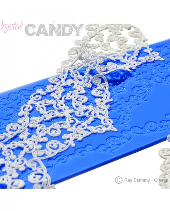 GC-020-Savannah-wedding-lace-mould-with-lace